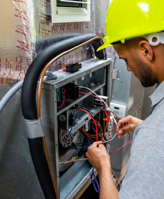 Refrigeration & Air Conditioning Technician