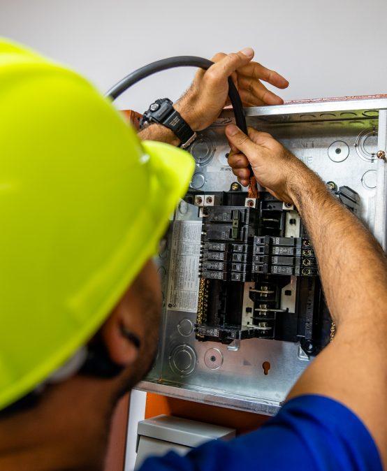 Técnico de Electricidad